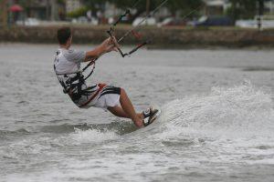 kitesurfing-wiatr